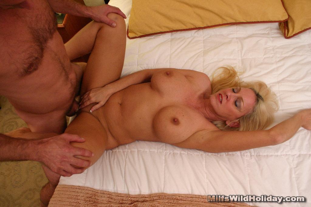 Yvonne Woman Sex For In Looking Edmonton Blond