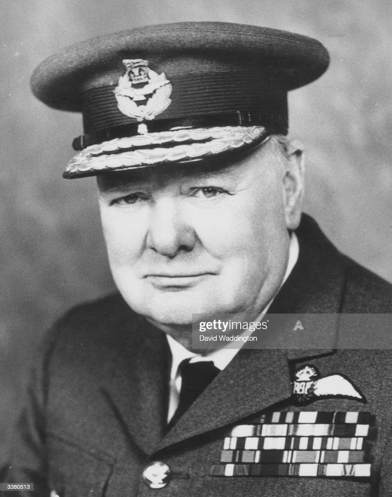 Escort Winston Churchill Argentia In Car