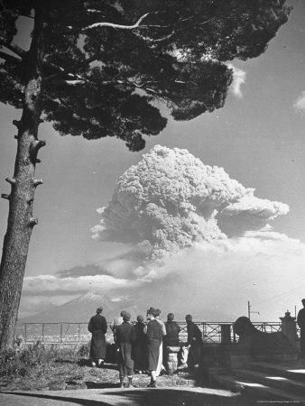 Again Erupt Vesuvius Mount To Today Were