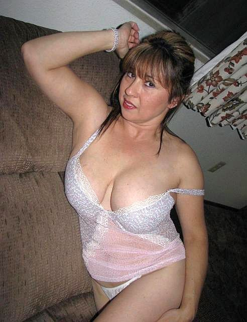 Seeking Single 55 Spanish Woman Blonde Man 50 To