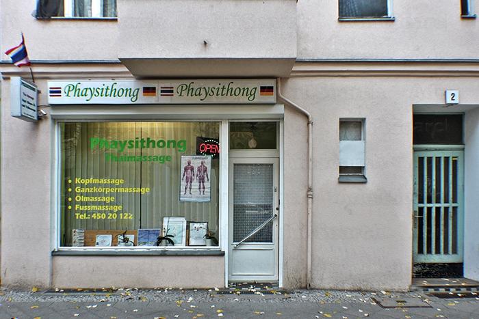 Monis Massagen Berlin Massage Parlors