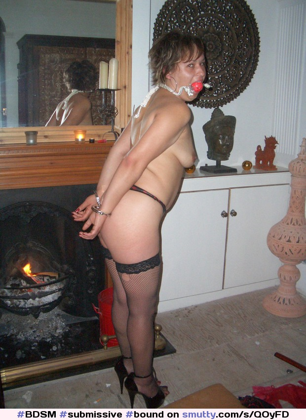 30 For A Year Submissive Young Searching Kinky Woman