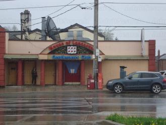 Escort Bay St Dundas St East. Toronto Trans