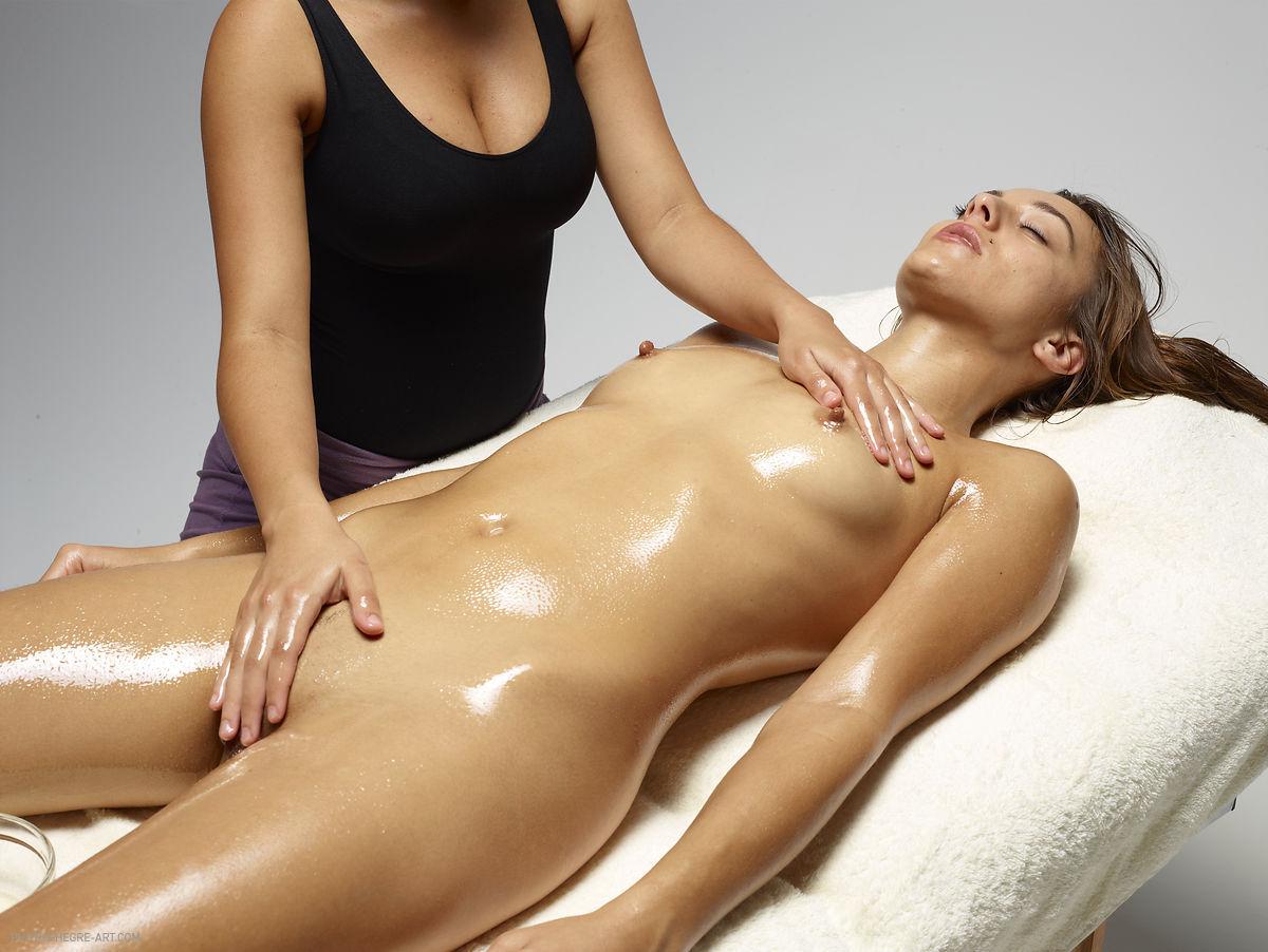 Retour Parlors Massage Malaga Corporal Tantra Center