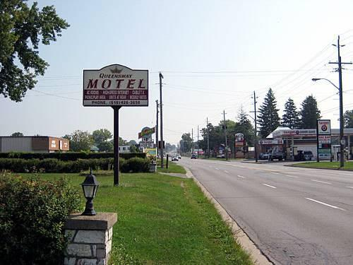 Dating The Queensway Motel