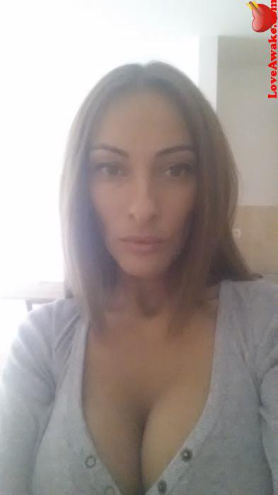 Budapest Lady Seeking Guy