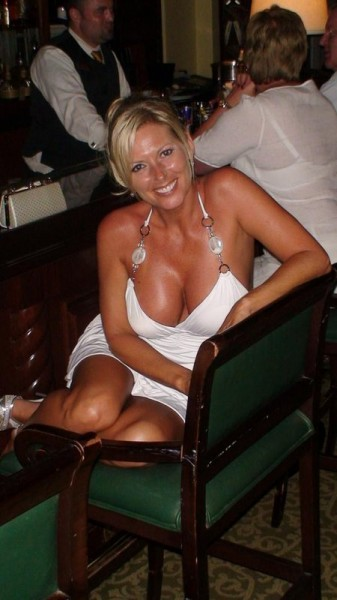 Dating Men For Blonde Ons Spanish Looking Divorced