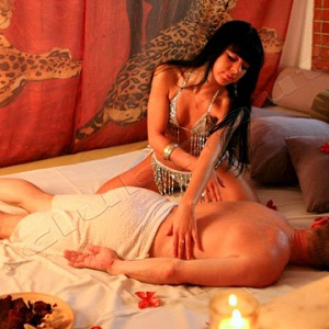 Massage Tantra-lising Parlors London
