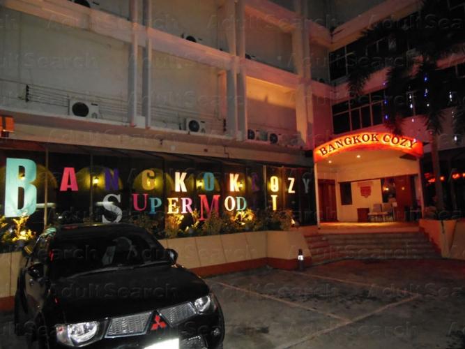 Hobbyists Massage Bangkok Parlors Addict