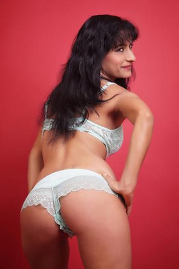 Woman Man Spanish Ons One-night Seeking Perverted Stand