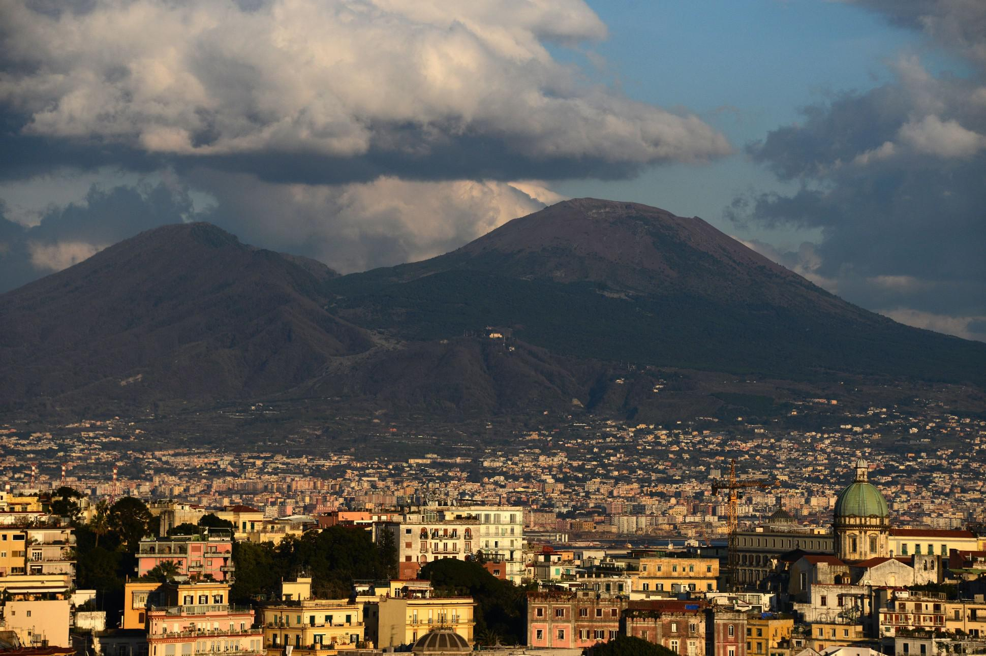 Muchacha To Again Today Were Vesuvius Mount Erupt