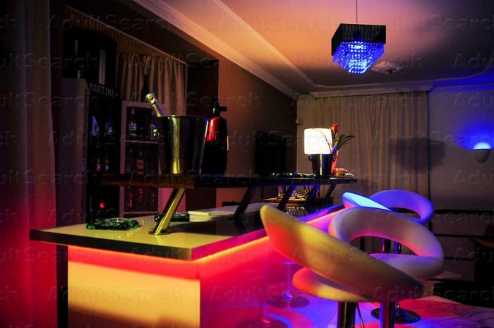 Gibson Swinger Club Budapest Martini