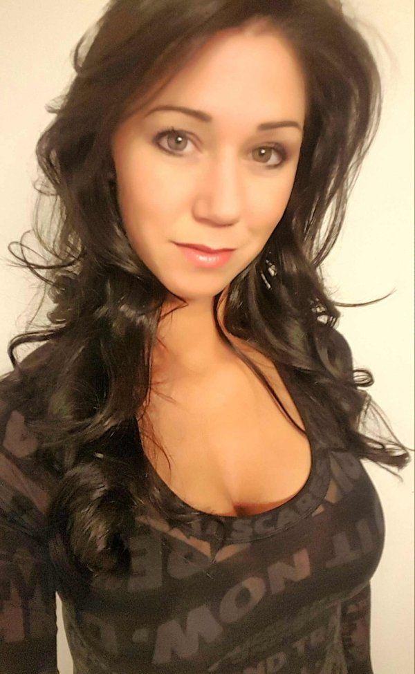Seeking Woman Perverted Man Hookup One-night Stand
