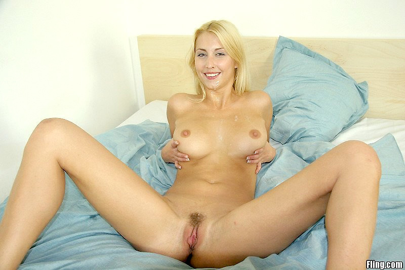 Fling Dating Widowed Blond