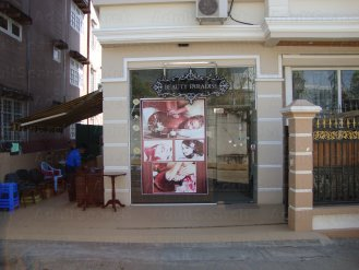 Parlors Yangon Massage