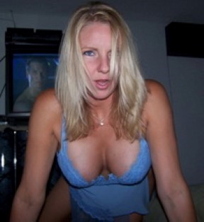 Bristol Lady Seeking Guy