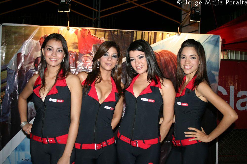 Nicaragua Girls Club In In Night Managua