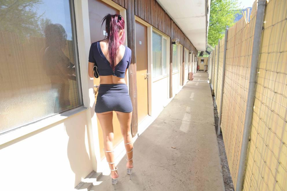 Motel 6 Mississauga In Studio Car Escort Brampton