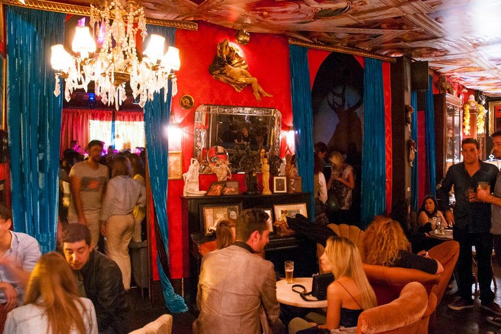 Aesthe Lisbon Portugal Girls Night Club In In
