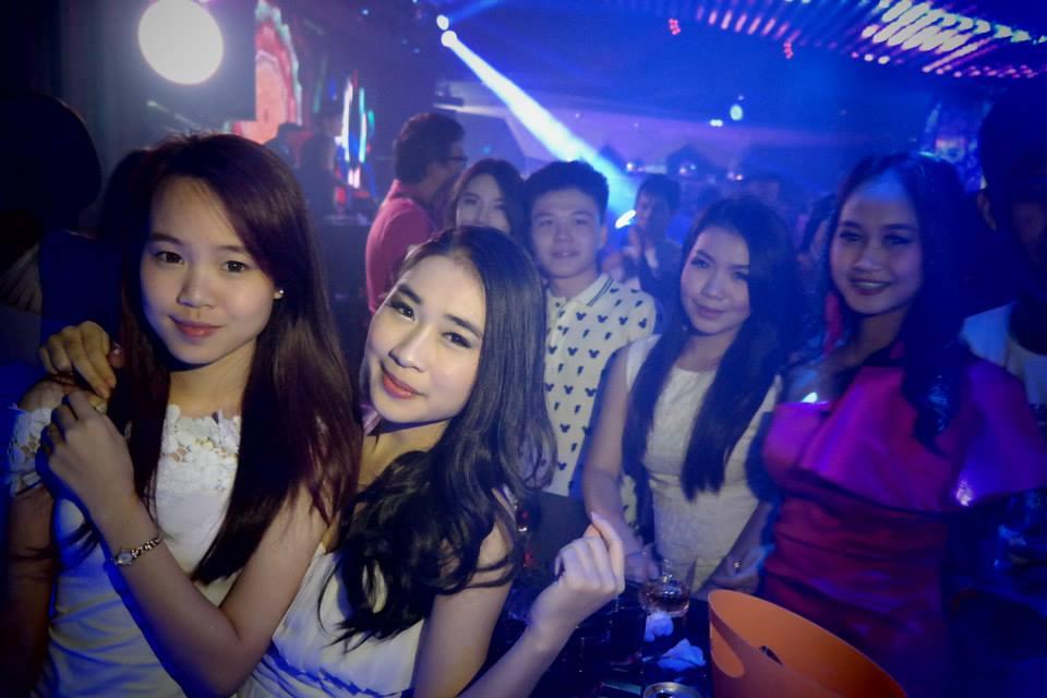 Lovelace Vientiane Laos Girls In Club In Night