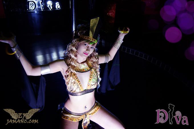 Night Club Strip Ray Yerevan Girls In