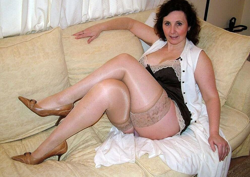 To 60 Looking Woman For Local Divorced Sex 55