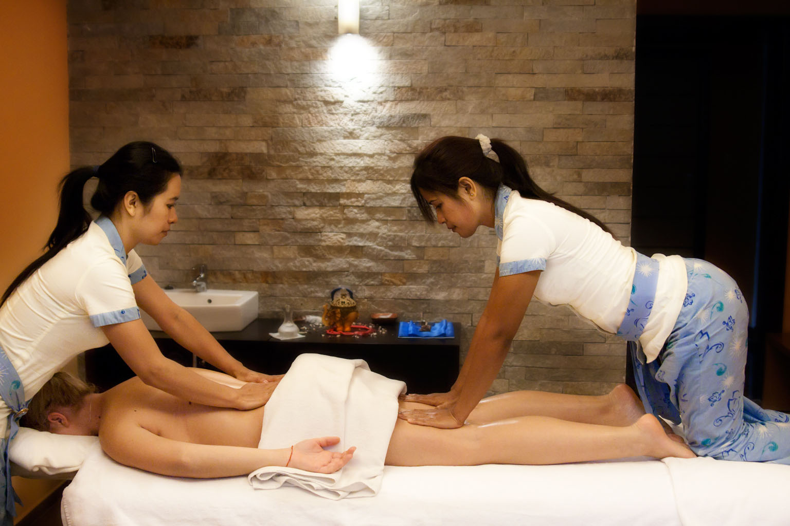 Massage Parlors In Bangkok France