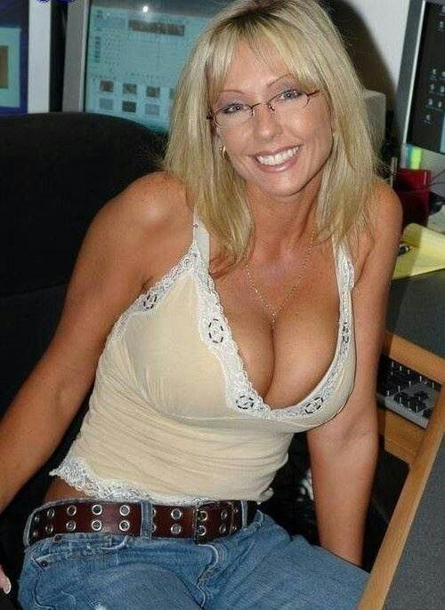 Kiplin Kinky Seeking Slim Single Woman To Man 48 40