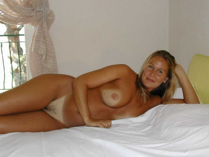 Twice Seeking To 50 Brunette Woman Man 45 Spanish