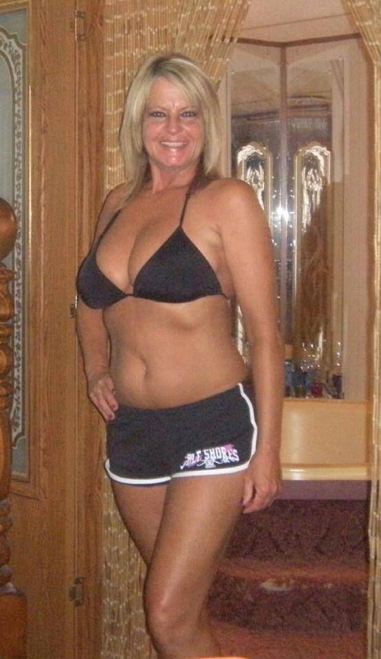 Spanish 55 To 60 Singles Swingers Woman Seeking Man